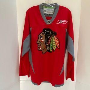 Reebok NHL fan gear Chicago Blackhawks jersey M